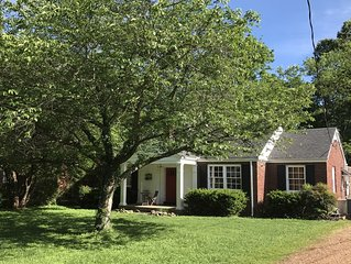 12South Wonderful Guest Cottage