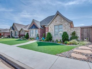 Fabulous Home in Southwest Lubbock Ideal for Families