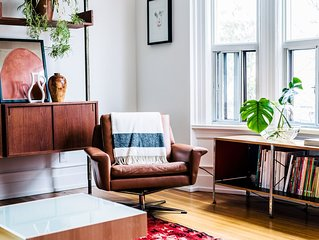 Best Location! 2 BR Queen West Trinity Bellwoods