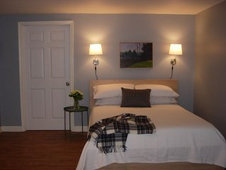 Quiet Garden Suite Near UVA, Private Entrance, Private Guest Parking, WiFi