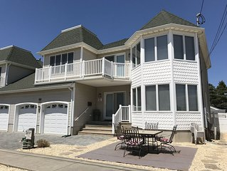 Beautiful 4 Bedroom Home in Lavallette