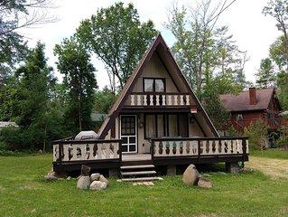 Quaint Lake George Summer Getaway - enjoy summer activities in & on beautiful LG