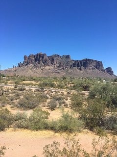 Private house/Superstition Mtns/20 min Canyon Lake/ Little House on praire