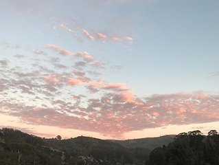 Mill Valley: 15 Mins to SF, 10 Mins to Muir Woods