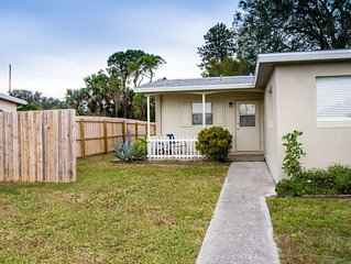 25 minutes from the beach, cable tv, internet, privacy