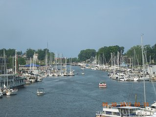 Waterfront Condo on the Harbor in downtown - South Haven, Michigan