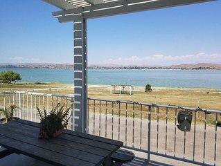 Beautiful Lakefront Studio (1,500 sqft) with breathtaking views of Lake Elsinore