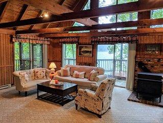 Cozy Cabin Hidden Away on a Lake!