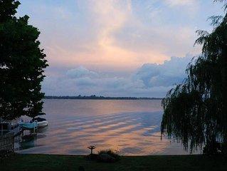 Waterfront Lake house (Sandy Pond, Lake Ontario)