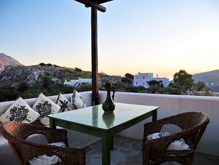 SPYRIDON house, your typical cycladic home in Langada.