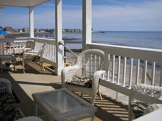 DIRECT Water Front , 5 bedms , 3 Full bathrm, w/many extra's  Handicap avail