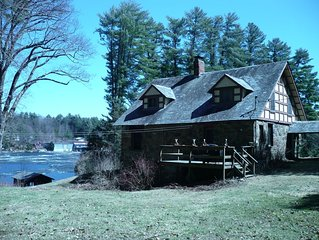 Historic Lakefront Stone Cottage in Private Setting, Lovely Views