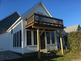 Beautiful Beach View Cottage Steps Away From Short Sands Beach.Completely Redone