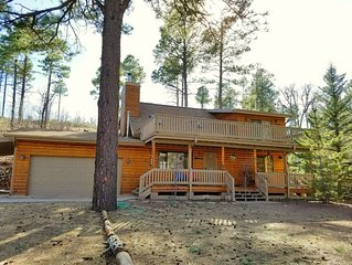 SECLUDED! Cabin * JUNIPER RIDGE - WIFI/DOG FRIENDLY