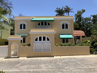 RENOVATED! Beach House in Dorado / Breñas Estates with access to Private Beach