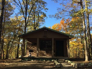 Beautiful and cozy one bed, one bath cabin nestled in the Kiamichi Mountains