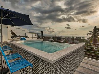 Modern Chic Downtown 2BR Condo with Views. Unit #2