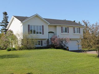 Perfect Location - 10 Minutes From Downtown Charlottetown
