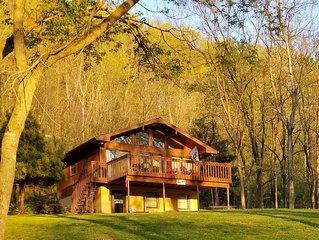 Spring Getaway Special - Riverfront Cottage
