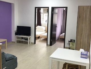 Spacious Modern ShamShuiPo 5mins to MTR 1-6 Guests