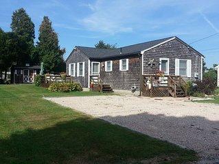 Quintessential Cottage in Matunuck