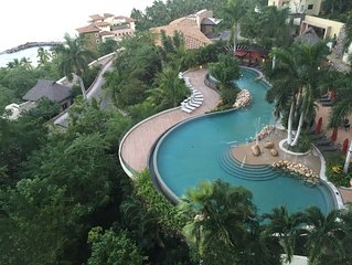 Luxurious 5 Star Resort and Spa,  15 minutes from PV