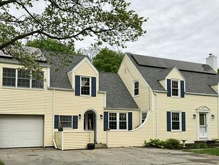 Convenient and Cute in Downtown Old Saybrook