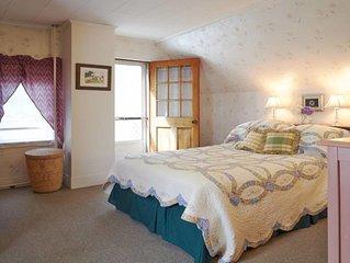 MAINE COAST- Rockland SeaMoss Weekly Tourist RentalCity Reg STR 20-11.