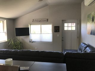 One Bedroom Apartment ~ Perfect For A Stay In Ashland!