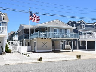 FAMILY RENTAL First Floor Beach Bugalow Blocks to Beach & Steps from the Bay