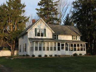 Make Summertime Family Memories at the Country Manor.... Sleeps 12