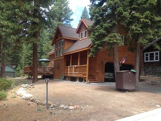 Charming cabin centrally located close to speedboat beach and skiing