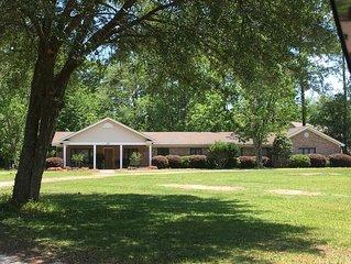 Peachtree Cottage. Quality, comfort, & convenient location.