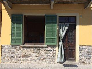 Pella,  ORTASEE: CASA SUL LAGO con splendido panorama sull'Isola di San Giulio