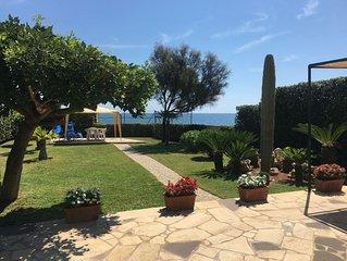 Villa sul mare tra Avola e Noto