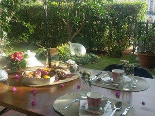 'Il nido di Giò' elegante appartamento posto al piano terra con giardino privato