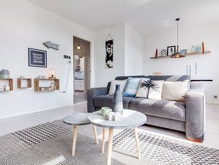 Scheveningen Bright Beach Apartment