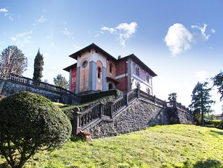 Spacious 5 bedroom Venetian-style villa in Tuscany