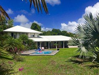 Maison de famille Martinique face aux fonds blancs