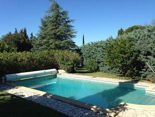 Charmante villa avec piscine à 3 km d'Uzès