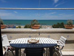 Bellissimo appartamento di fronte al mare
