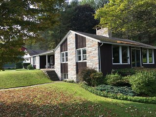 Fabulous Mid-Century Modern family home in the Poconos