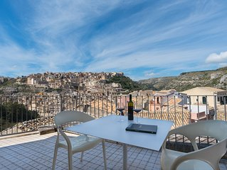 Ulisse, New accommodation in Ragusa Ibla with terrace and panoramic view