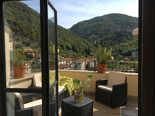 Casa vacanze with fabulous terrace Pigna, Medieval Italian Riviera village