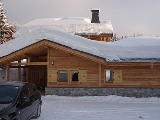Luxury 2 bed apartment with spectacular views over the valley, close to pistes