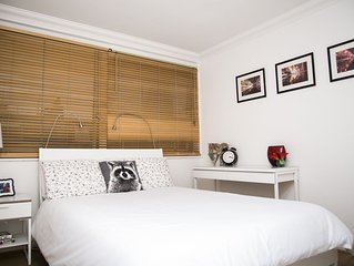 Central London Apartment & WIFI for 4 People and walking distance to Oxford ST