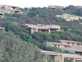Sardegna,Costa Paradiso: villino nel verde con vista mare 180° offer last minute