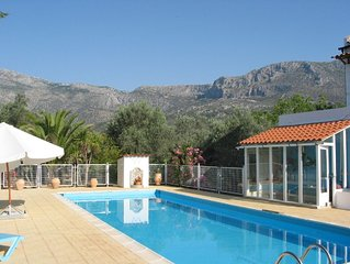 Villa St Patrick-secluded villa 3 Bedroom , private pool & tennis court