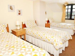 Beam Weir Three Bedroom cottage ,  set in North Devon. Sleeping 7 People.