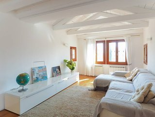 FAB 3rd-floor Duplex with TERRACE: view & comfort